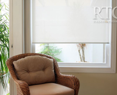 cortina rollô tecido resinado